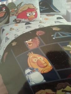 Angry-Birds-Star-Wars-Twin-Bed-Set-Includes-Comforter-1xflat-Sheet-1x-Fitted-Sheet-1-Standard-Pillowcase-0