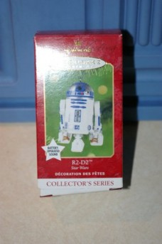 Hallmark-Keepsake-Ornament-R2-D2-Star-Wars-Collectors-Series-with-Battery-Operated-Sound-0