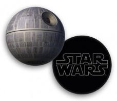 Star-Wars-Pillow-Death-Star-0
