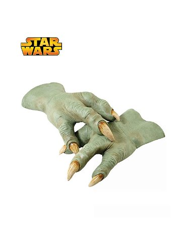 Star-Wars-Revenge-Of-The-Sith-Deluxe-Yoda-Hands-Green-One-Size-0